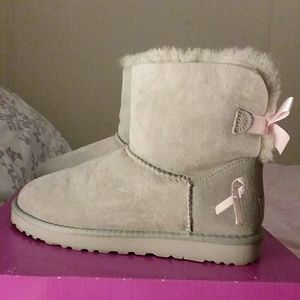 Ugg Mini Bailey Bow limited edition